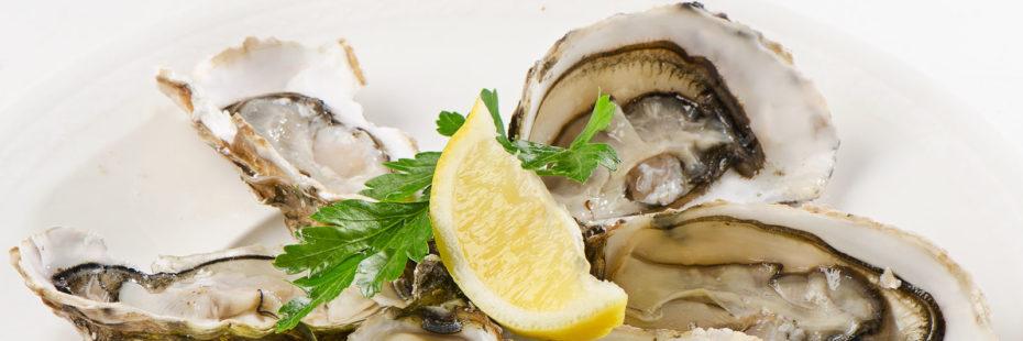 Imagem destque de ostras em prato decorado para o blog da Pousada dos Sonhos.