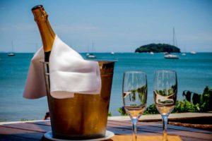 Restaurante em Florianópolis com vista mar - Jurerê